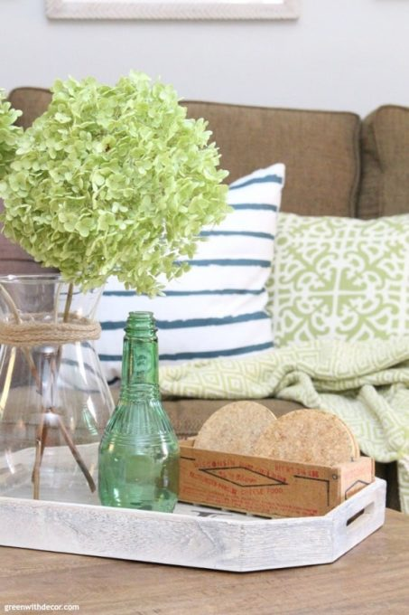 Coastal Living Room Reveal - Best of the Best Coastal DIY Decor Round-up. Get over a dozen coastal project decor ideas that you can make for your home. #coastal #coastaldecor #coastaldiy