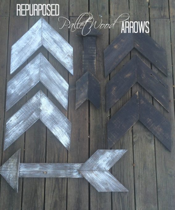 Repurposed Pallet Wood Arrows - Get this easy tutorial for pallet wood arrows and then make some for your home. #palletwood #palletwoodproject