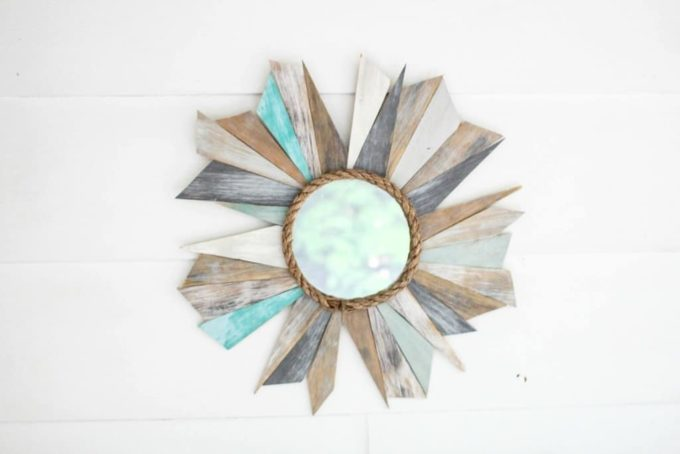 How to Make a Sunburst Mirror Using Scrap Wood - Best of the Best Coastal DIY Decor Round-up. Get over a dozen coastal project decor ideas that you can make for your home. #coastal #coastaldecor #coastaldiy