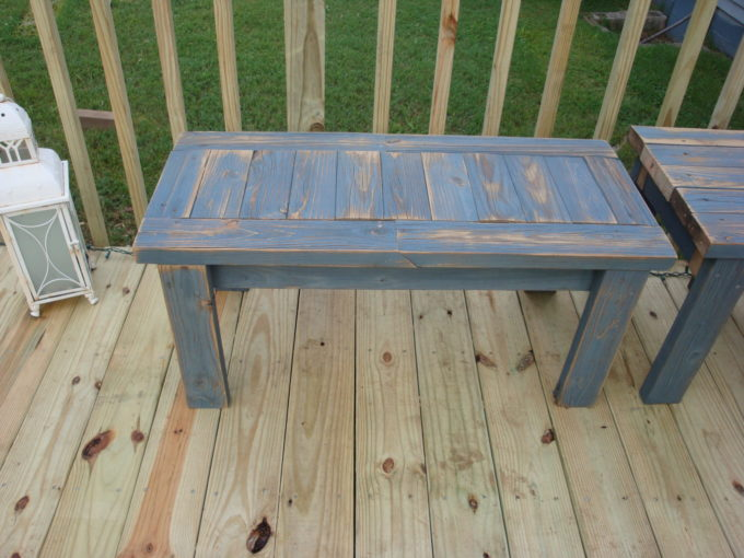 Learn how to make a simple 2x4 bench! This bench is perfect for use on a patio or porch. #woodworking #diyproject #diybench #2x4project