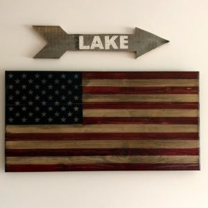 DIY Pallet Wood Arrow Sign