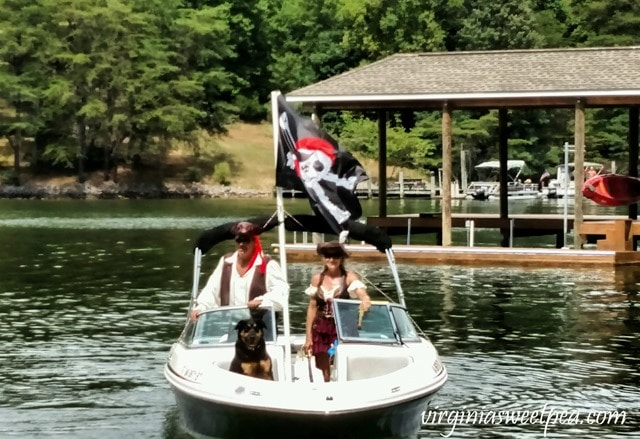 Pirate Days at Smith Mountain Lake - Pirate Family #smithmountainlake #sml #piratedays #smlpiratedays #shermanskulina