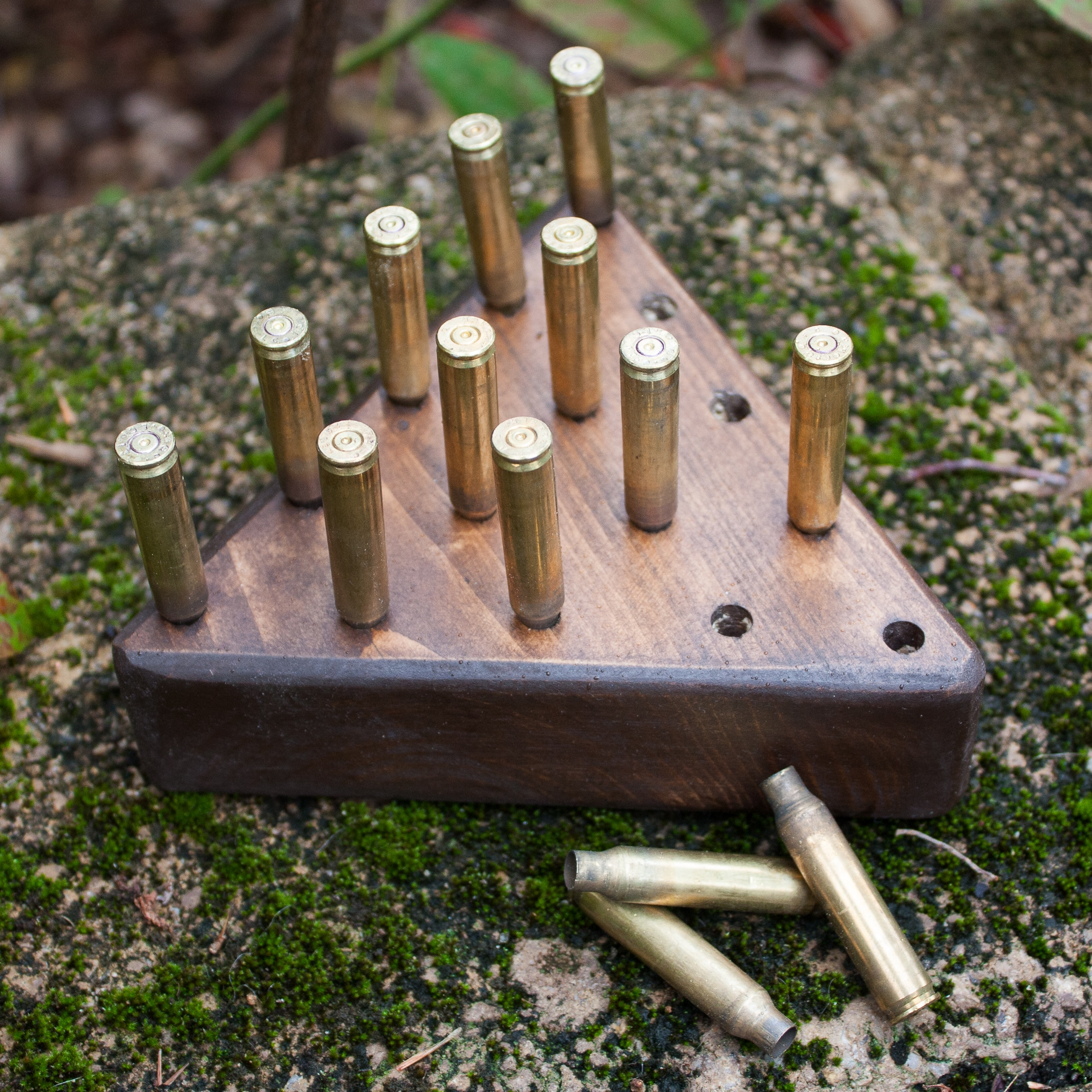 DIY Peg Game with Brass Casings - Learn how to make this game to play with your family or to give as a gift. #diy #woodworking #diygame #diygift #groomsmangift