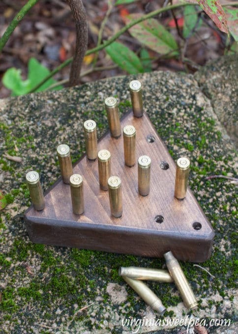 Make a DIY Peg Game to play with your family or give as a gift. This would make a great groomsman gift for a wedding! #diygame #diygift #diyproject #woodworking #bullet
