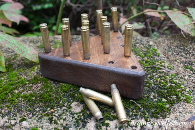DIY Peg Game with Brass Casings - Learn how to make this game to play with your family or to give as a gift. #woodworking #DIY #diygame #diypeggame #diygift #groomsmangift