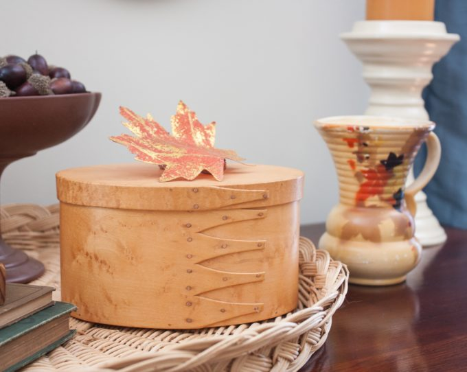 Vintage Fall Decor in the Living Room