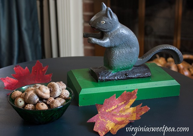 Vintage Squirrel Nutcracker #vintage #vintagedecor