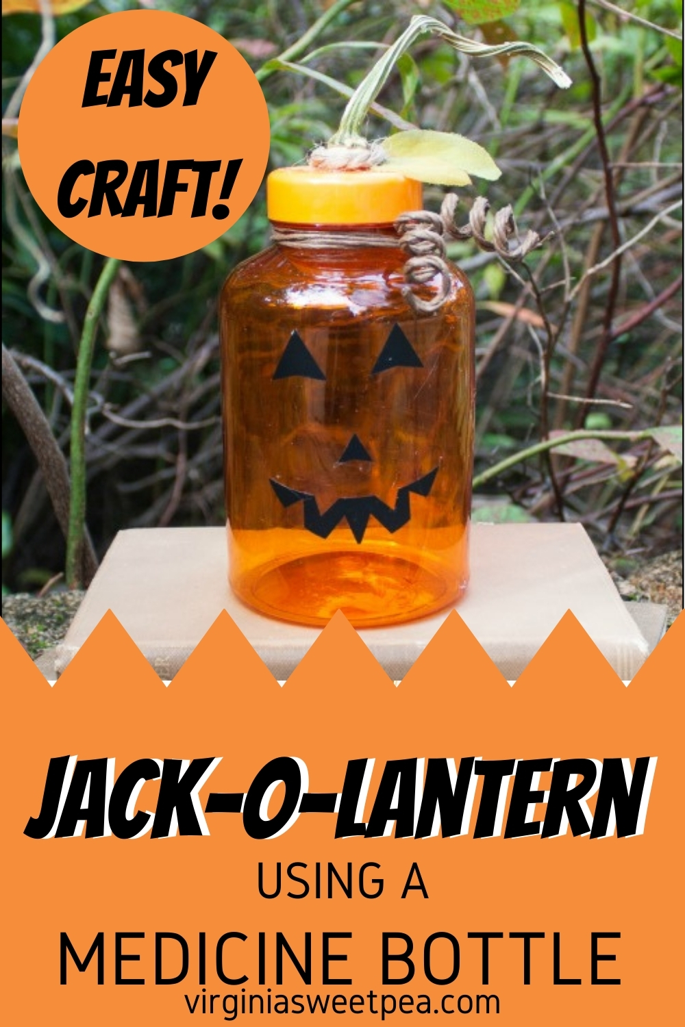 Use an upcycled medicine bottle to make a Jack-o-Lantern for Halloween decor. #Halloween #Halloweencraft #craft #upcycle #craftidea #fallcraft via @spaula