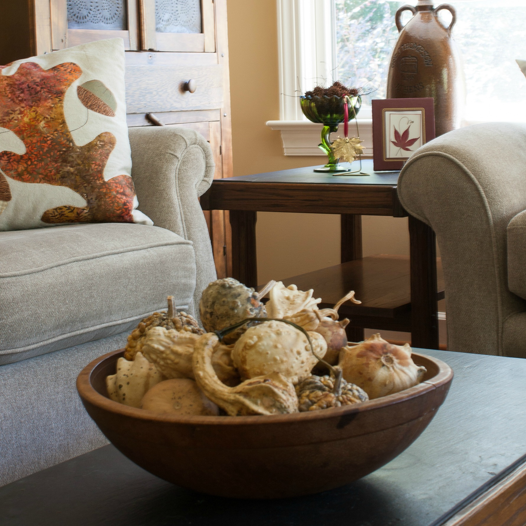 Vintage Fall Decor in the Family Room - Embracing the Imperfect
