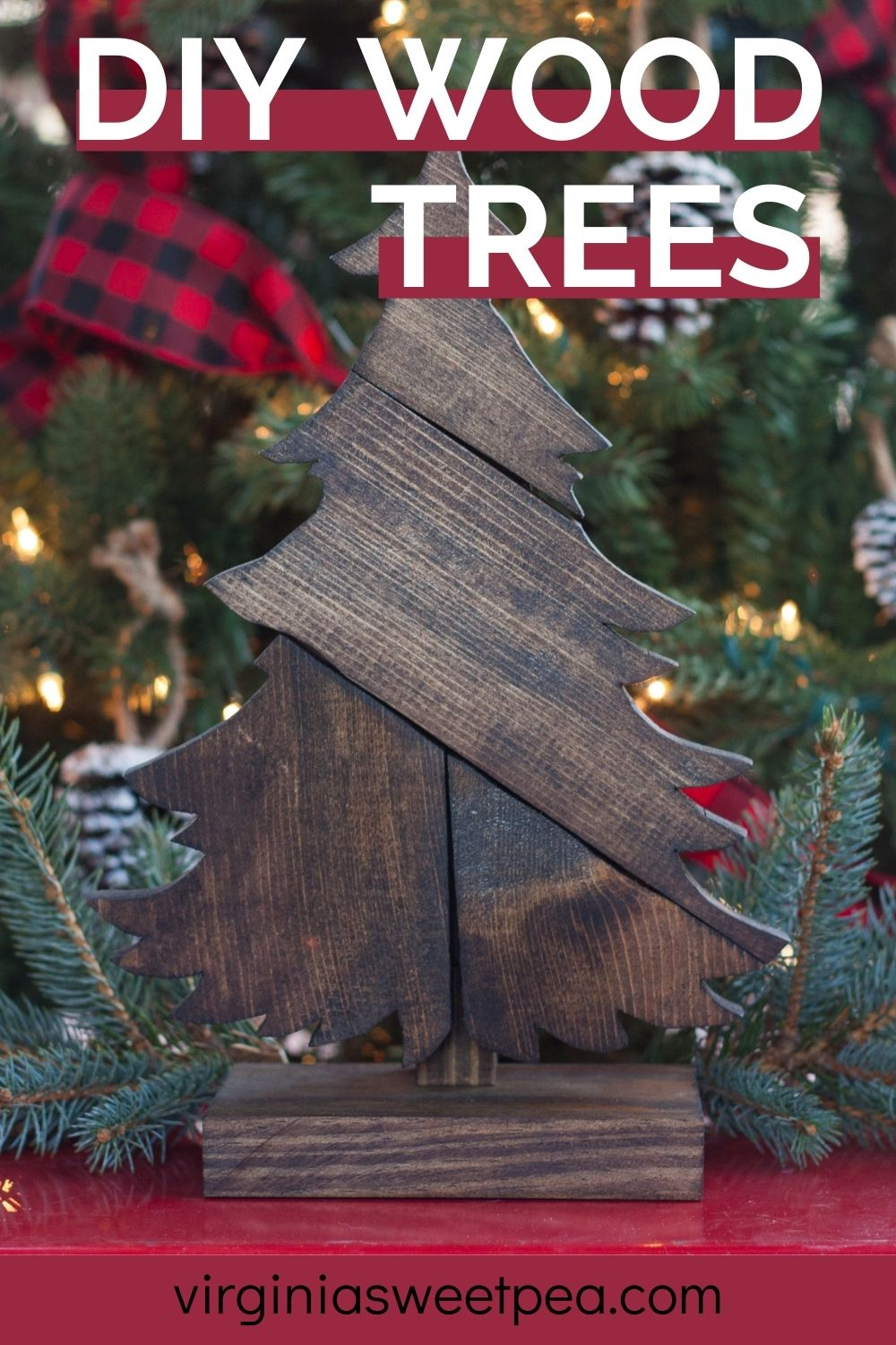 DIY Wood Tree - Make a tree using scrap wood and customize with stain color. This project makes a great gift!  via @spaula
