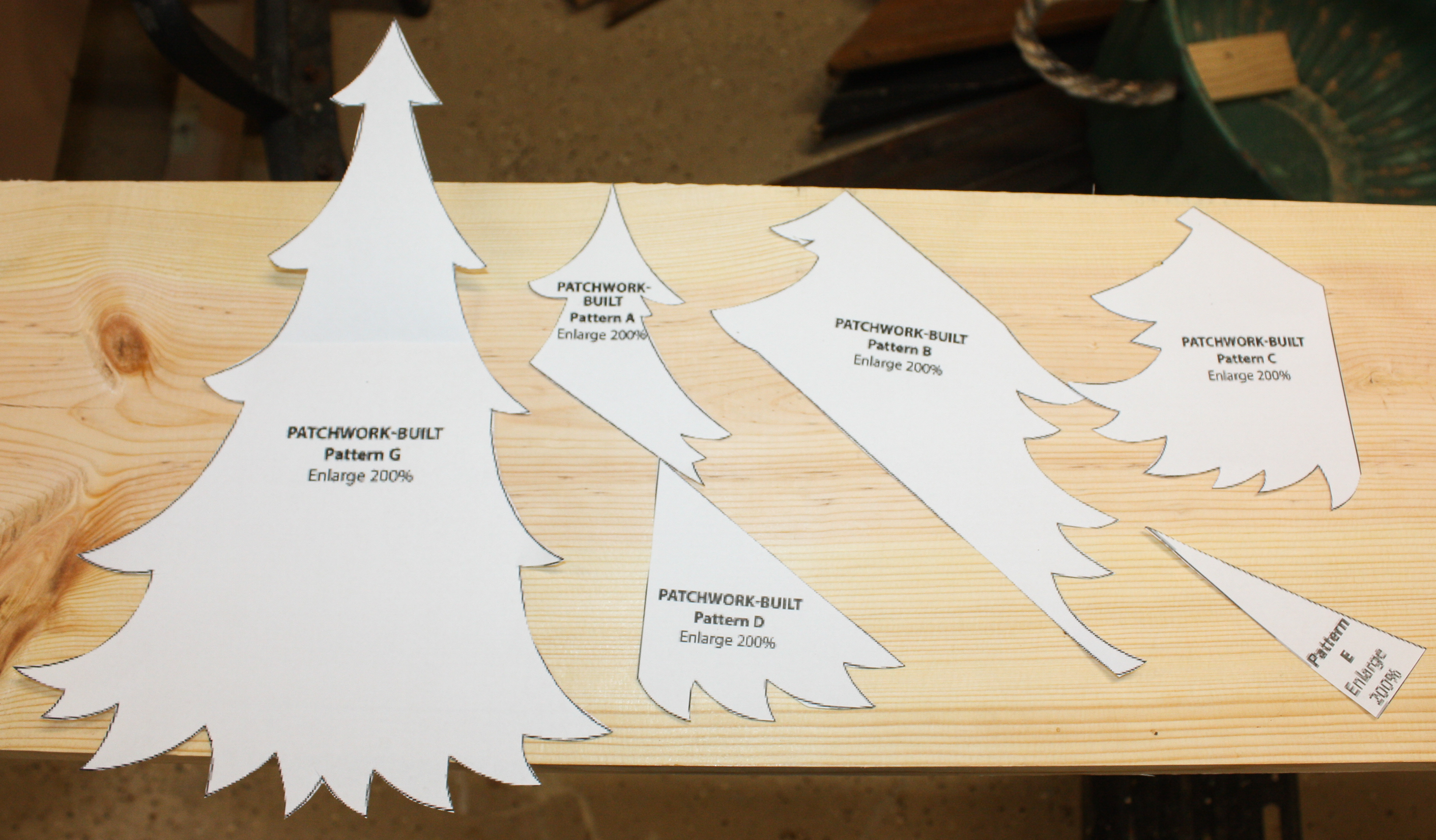 how to make a patchwork wood christmas tree follow the step by step