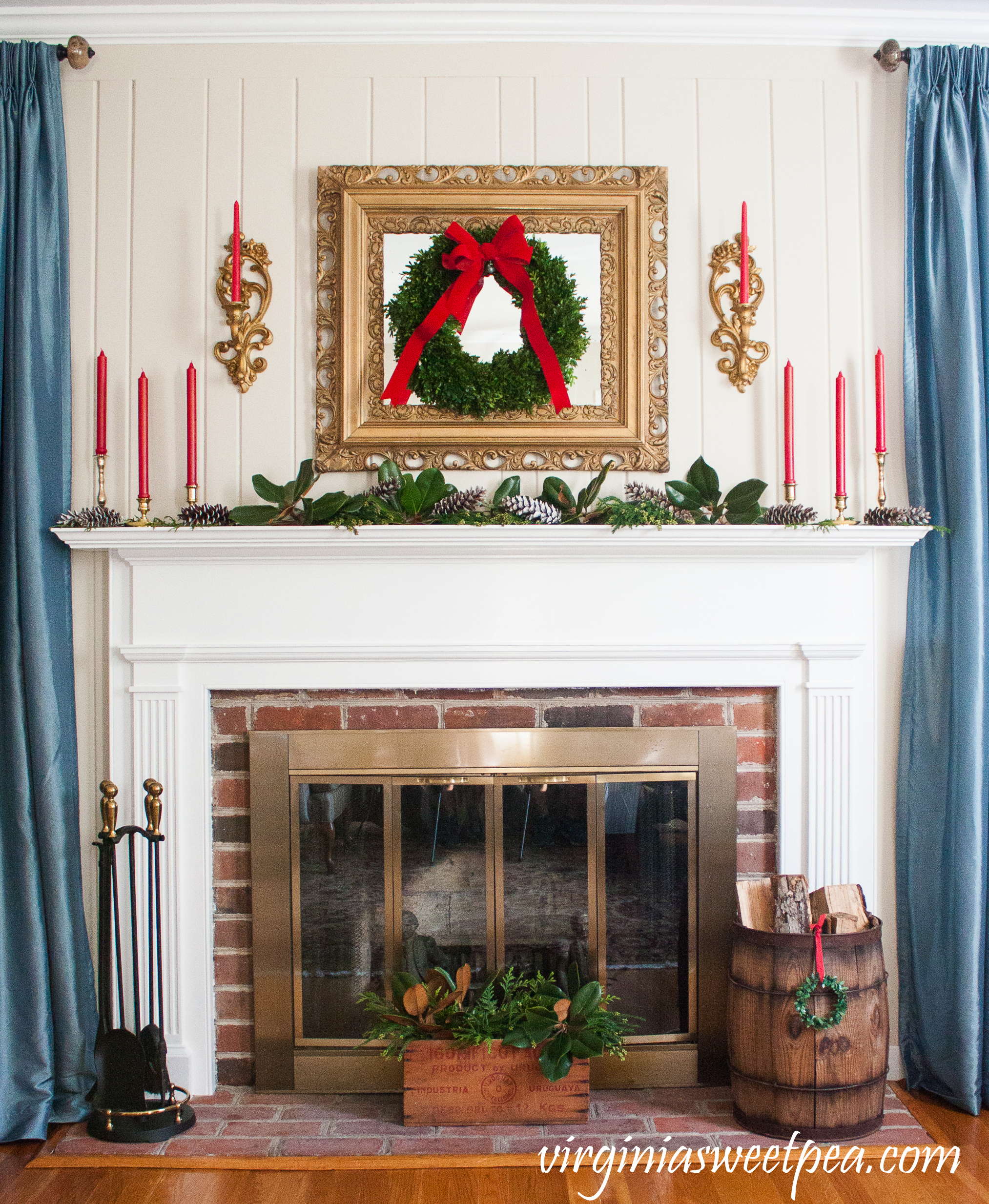 Traditional Southern Christmas Mantel - A traditional southern mantel styled for Christmas. #christmasmantel #christmasdecorating #christmas #favoritechristmasideas
