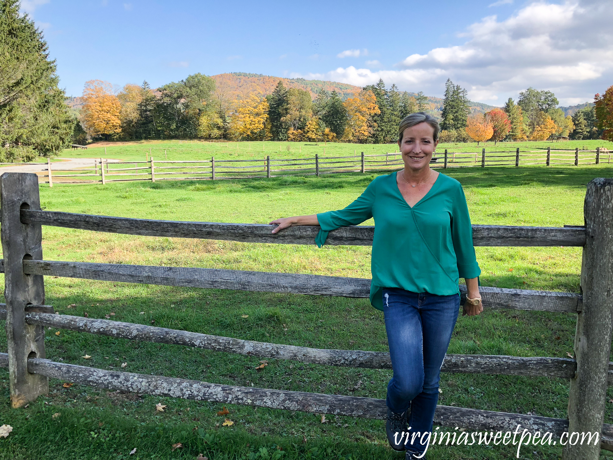 Leaf peeping in Vermont - Billings Farm in Woodstock, Vermont #vermont #fallinvermont