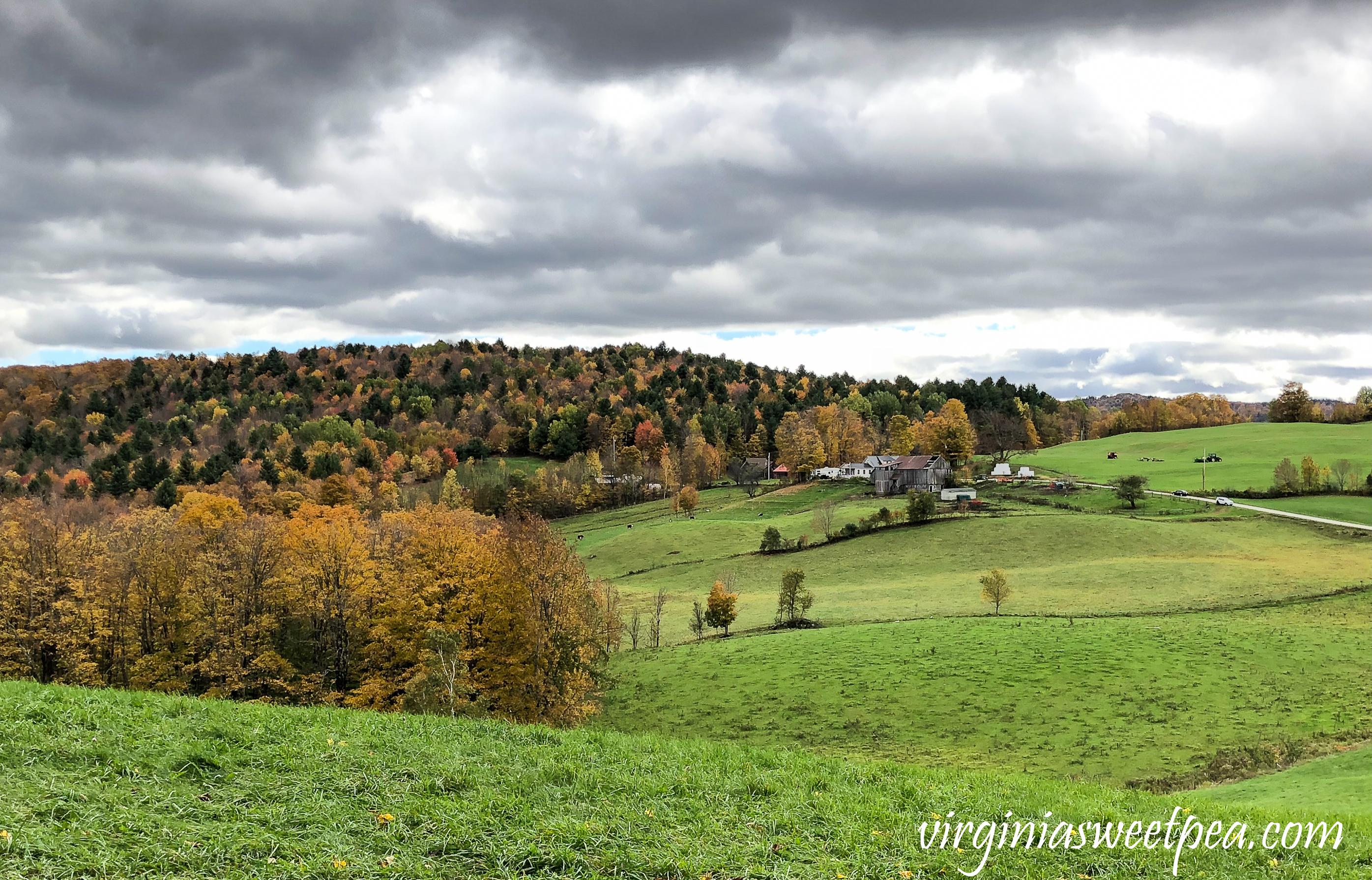 Leaf peeping in Vermont - A trip recap #vermont #fallinvermont #woodstockvermont #travel