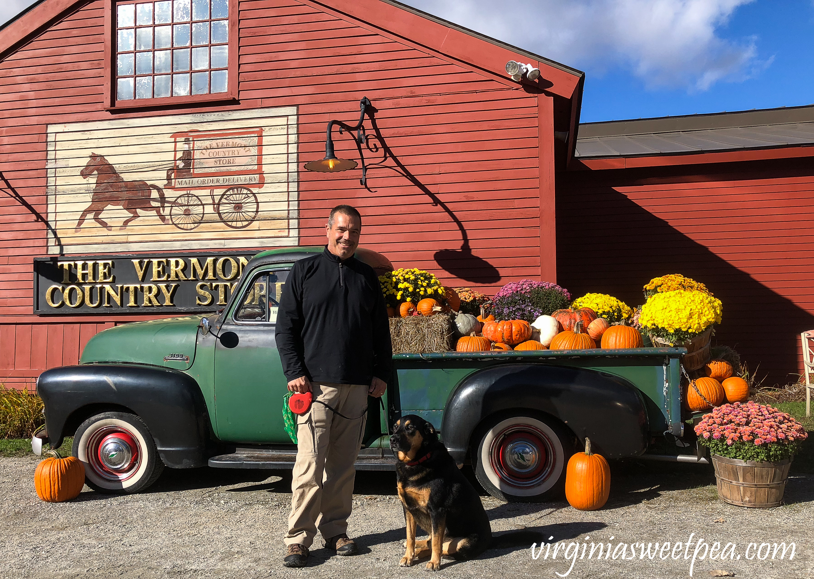 Visiting The Vermont Country Store #vermont #thevermontcountrystore #fall #fallinvermont