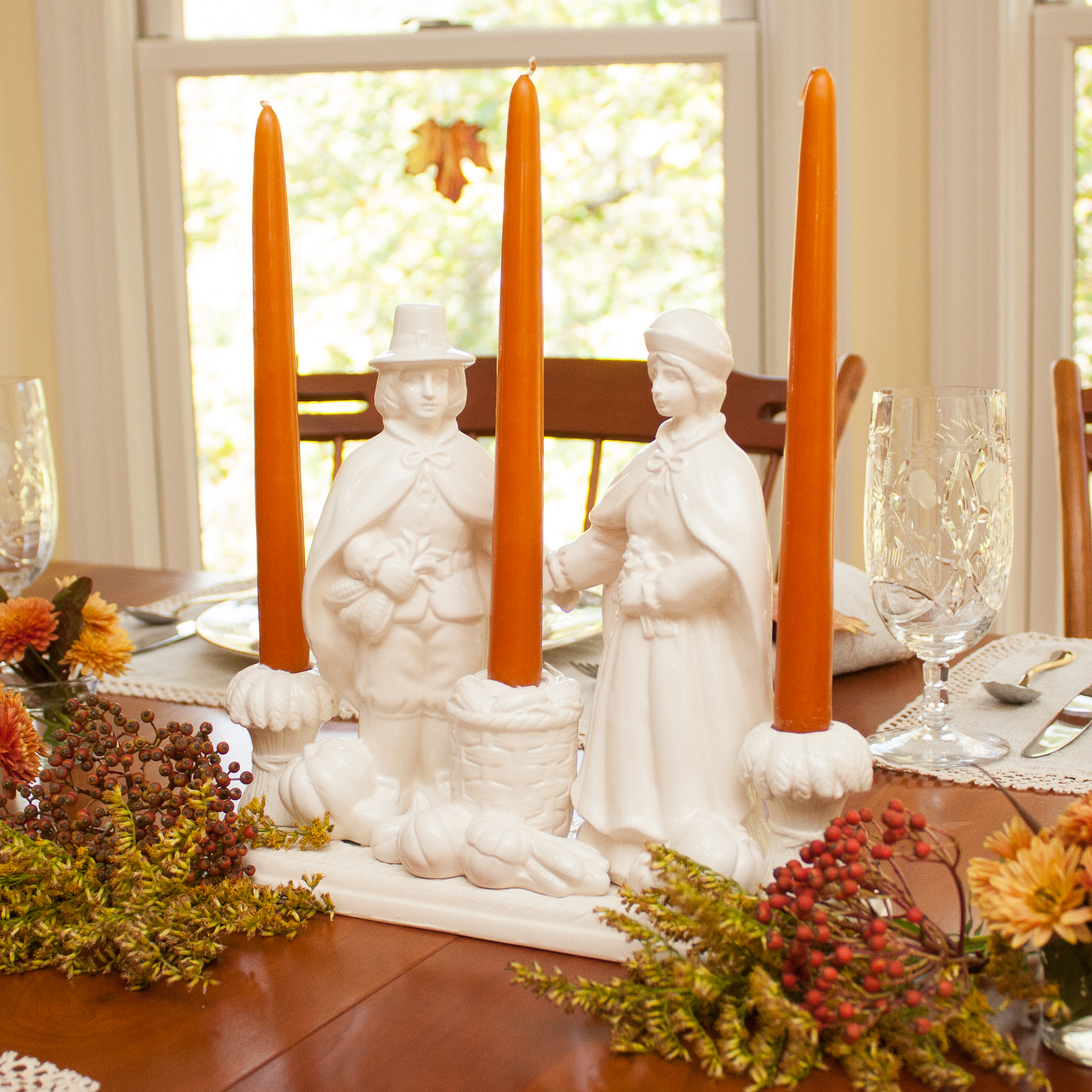 We Gather Together Thanksgiving Tablescape