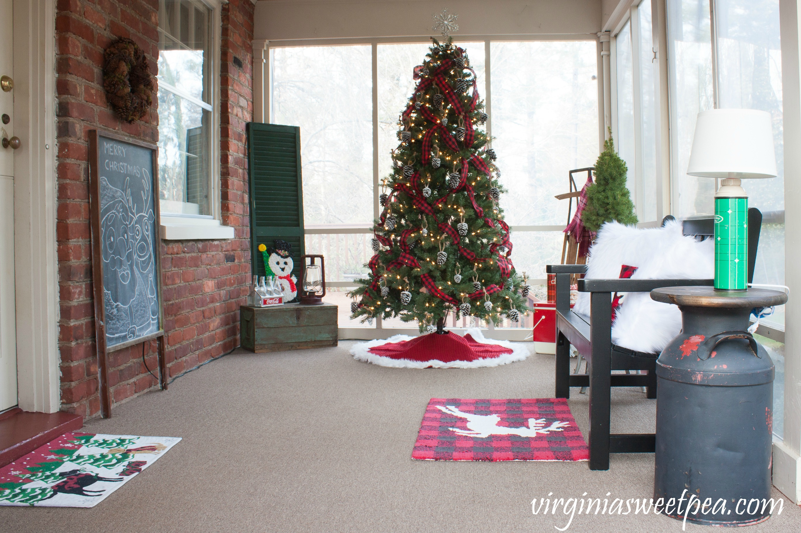 See a porch decorated for Christmas using mostly vintage decor and get ideas for decorating your Christmas porch from 18 bloggers. #christmas #christmasdecor #christmasporchdecor #christmasporch #christmasdecorations #vintage #vintagechristmas