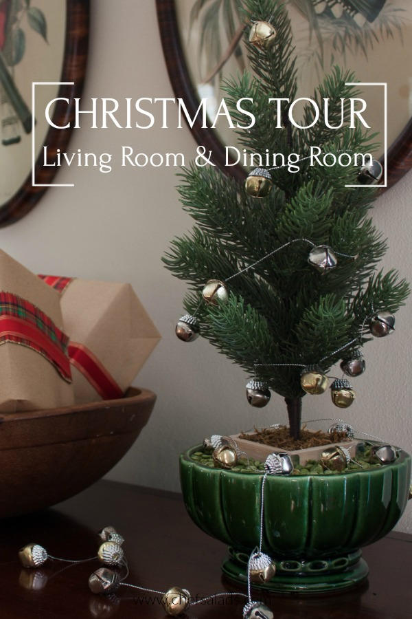 Living Room and Dining Room Christmas Tour - Tour a living room and dining room decorated for Christmas. #christmas #christmasdecorations #christmasdecor #vintage #vintagechristmasdecor via @spaula
