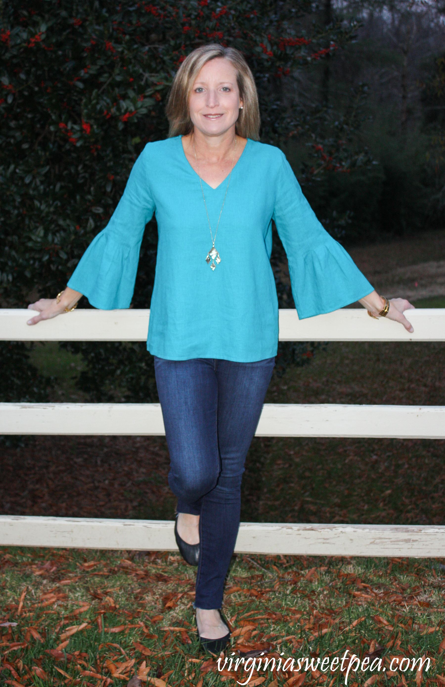 Stitch Fix Review for December 2018 - Market & Spruce Ashlea Pleated Bell Sleeve Linen Top