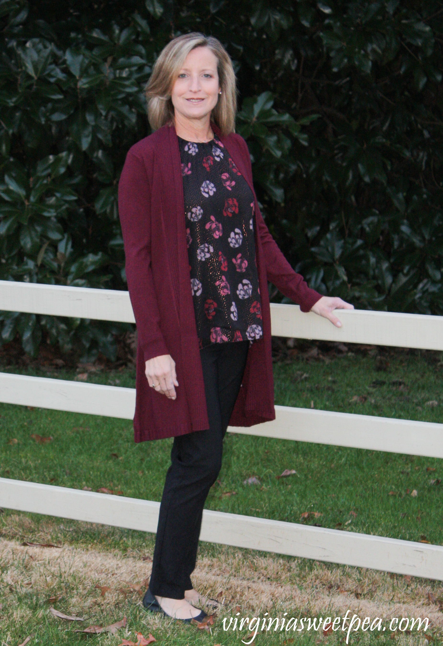 Stitch Fix Review for December 2018 - Vince Camuto Hadara Blouse with EVOLUTION BY CYRUS Nixxie Textured Back Duster Cardigan