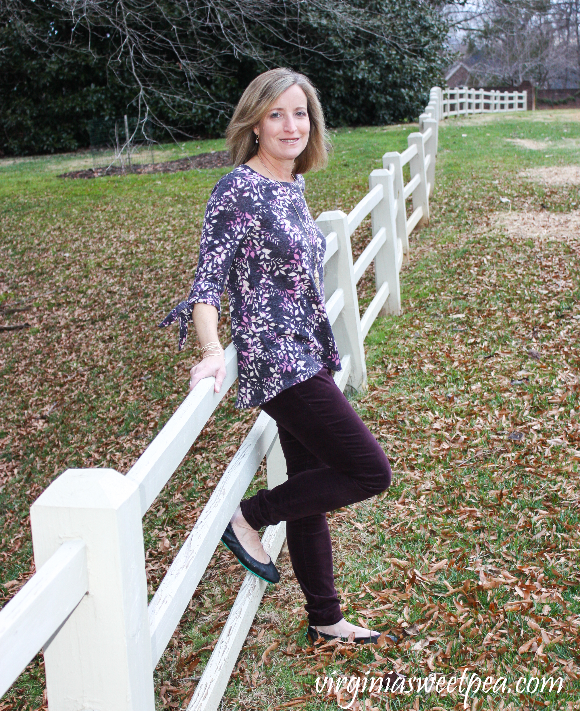 Stitch Fix Review for January 2019 - Kut from the Kloth Krissy Velveteen Skinny Pant with Kaileigh Natia Tie Sleeve Brushed Knit Top
