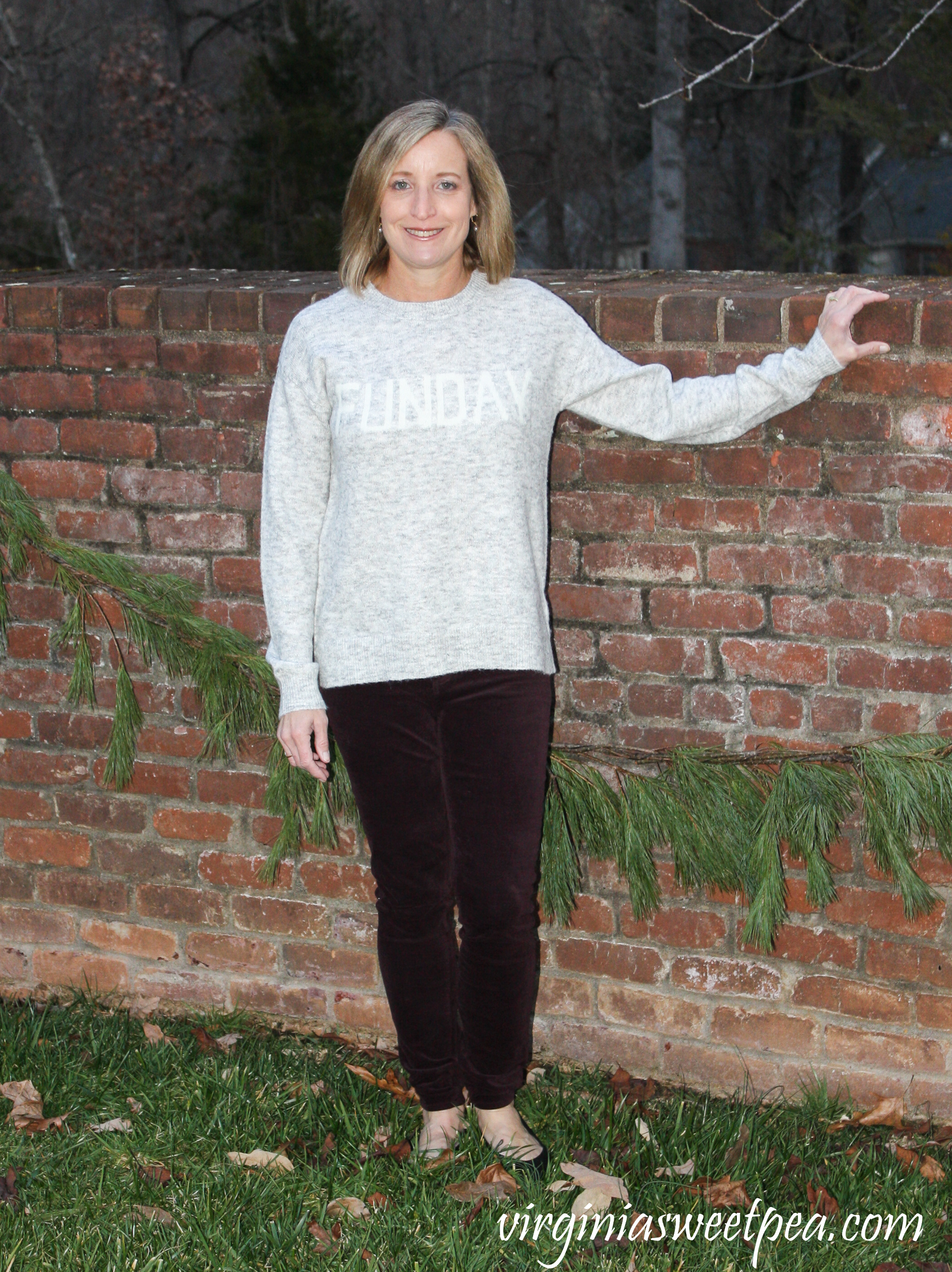 Stitch Fix Review for January 2019 - RD Style Viora Funday Graphic Pullover