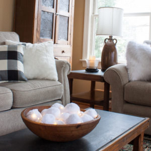 Cozy Winter Decor - Ideas for giving your home a cozy feeling for winter. #cozy #cozydecor #winterdecor #winterdecorating