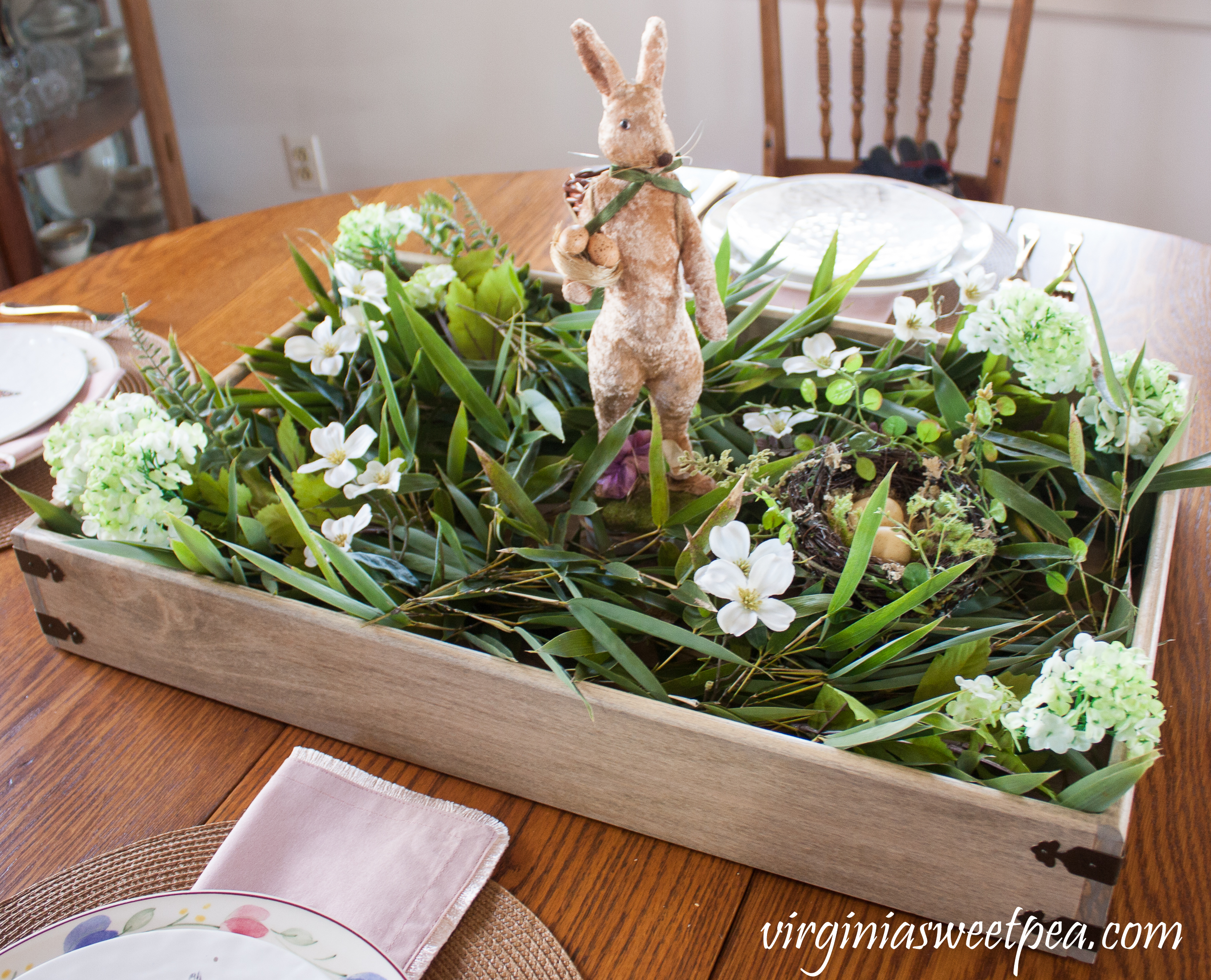 Make a farmhouse style Easter centerpiece by following this step-by-step tutorial