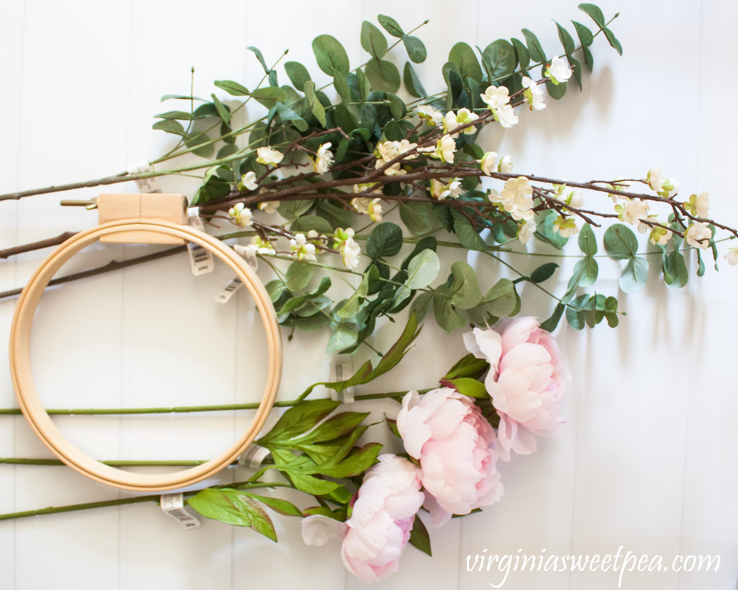 Supplies to make an embroidery hoop wreath