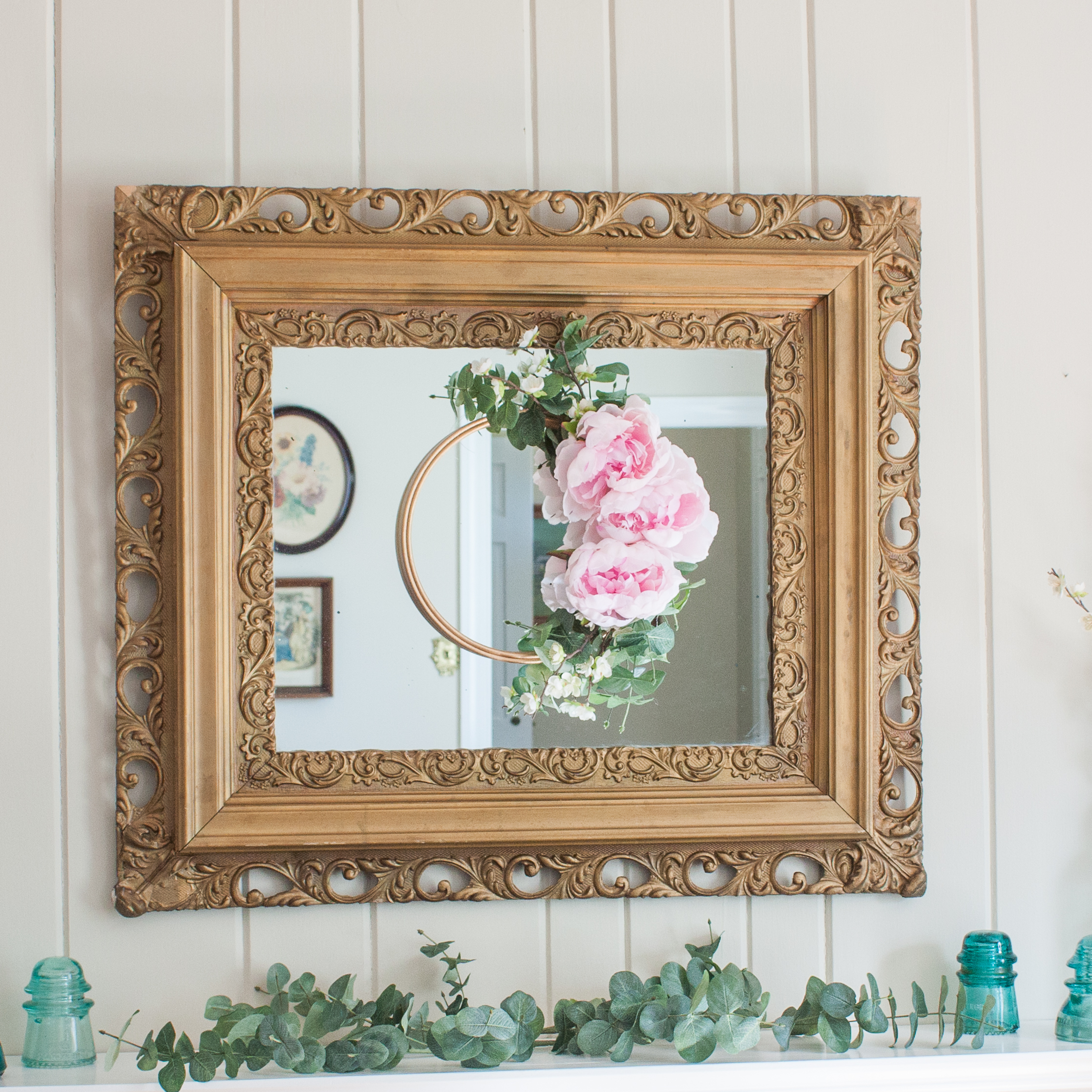 DIY Spring Embroidery Hoop Wreath and Mantel - #spring #springdecor #springmantel #wreath #springwreath