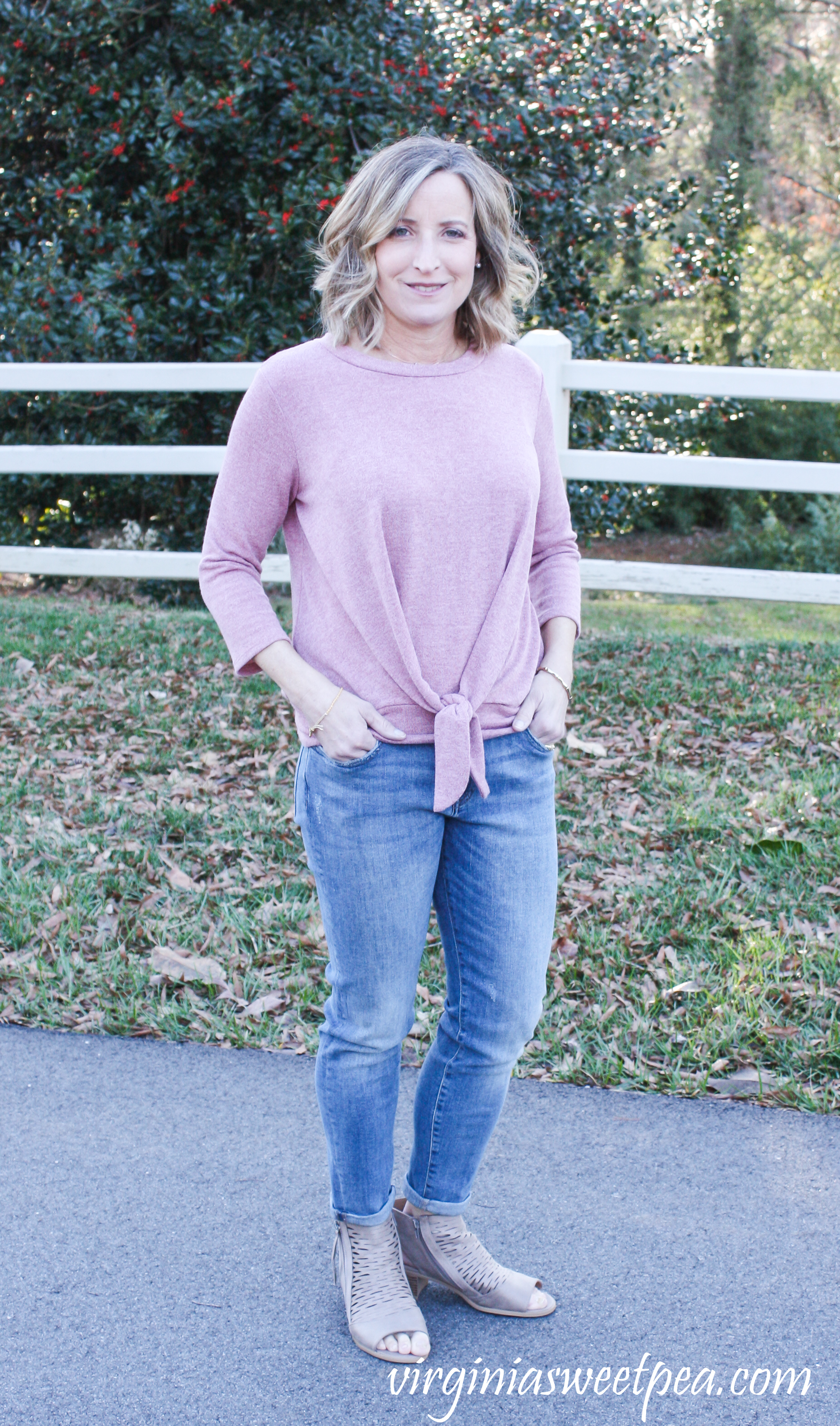Stitch Fix Review for March 2019 - Warp + Weft Jenny Straight Leg Jean with Kaileigh Francine Tie Front Knit Top #stitchfix #stitchfixreview #stitchfix2019 #stitchfixspring #stitchfixjeans