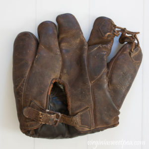 1920's Goldsmith Baseball Glove