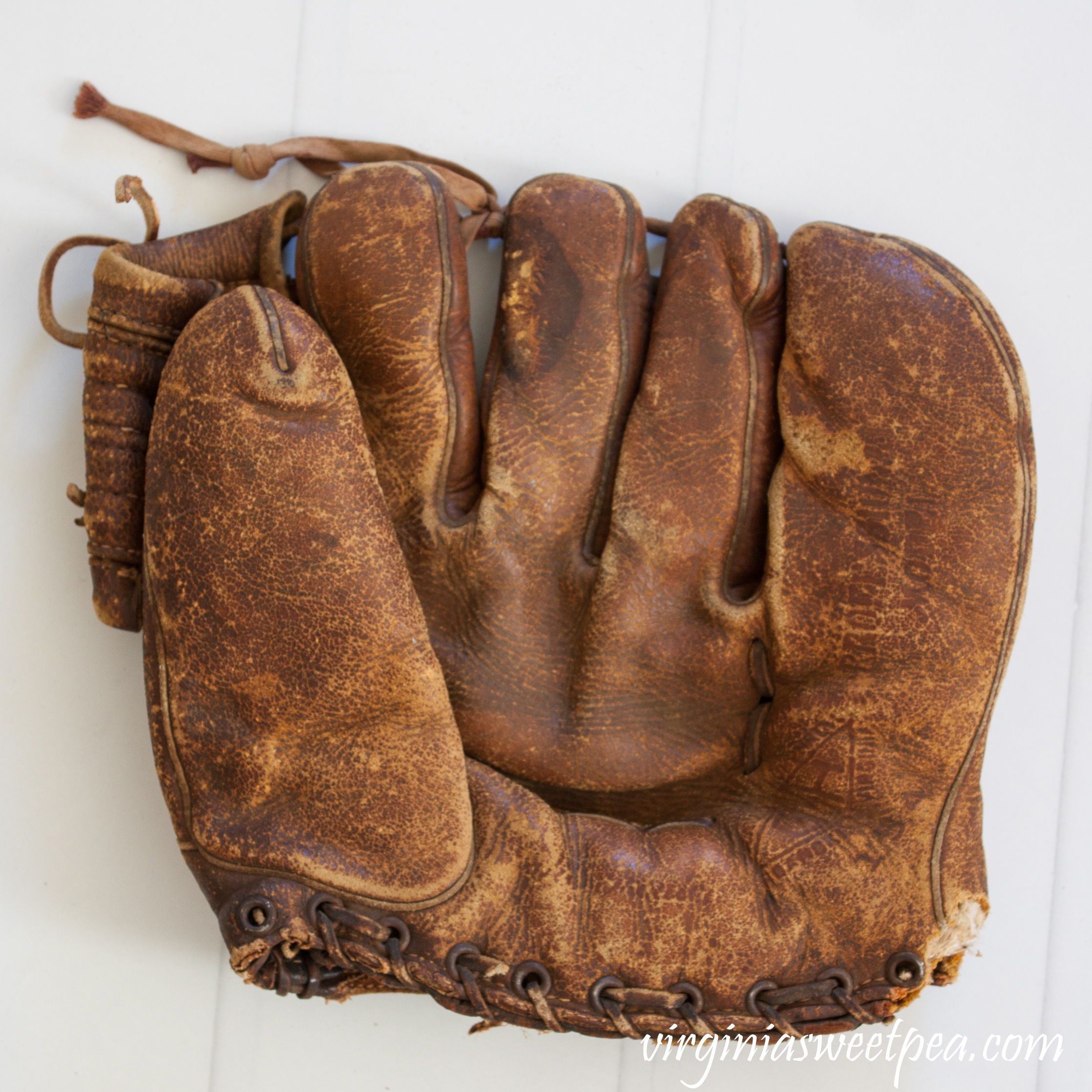 G-H made in Roanoke, Virginia vintage baseball glove most likely from the 1950's.
