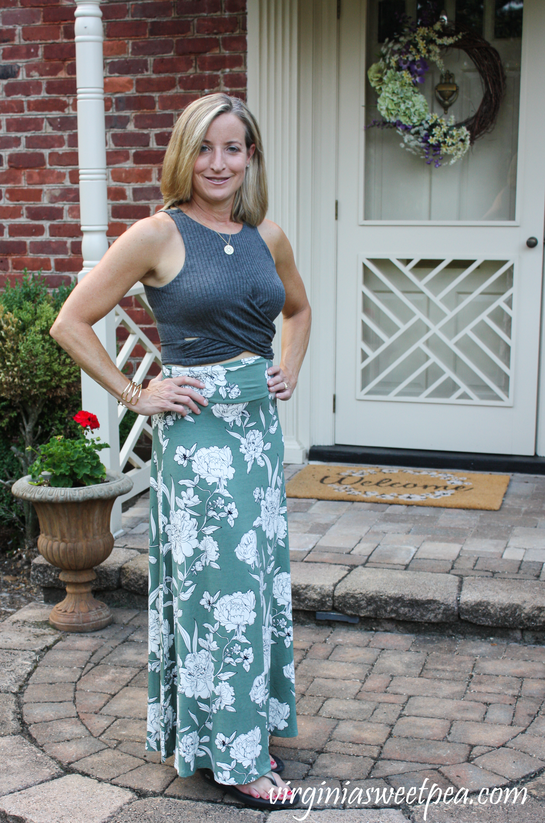 Dee Elly Bess Sleeveless Crop Top with Market & Spruce Joven Knit Maxi Skirt