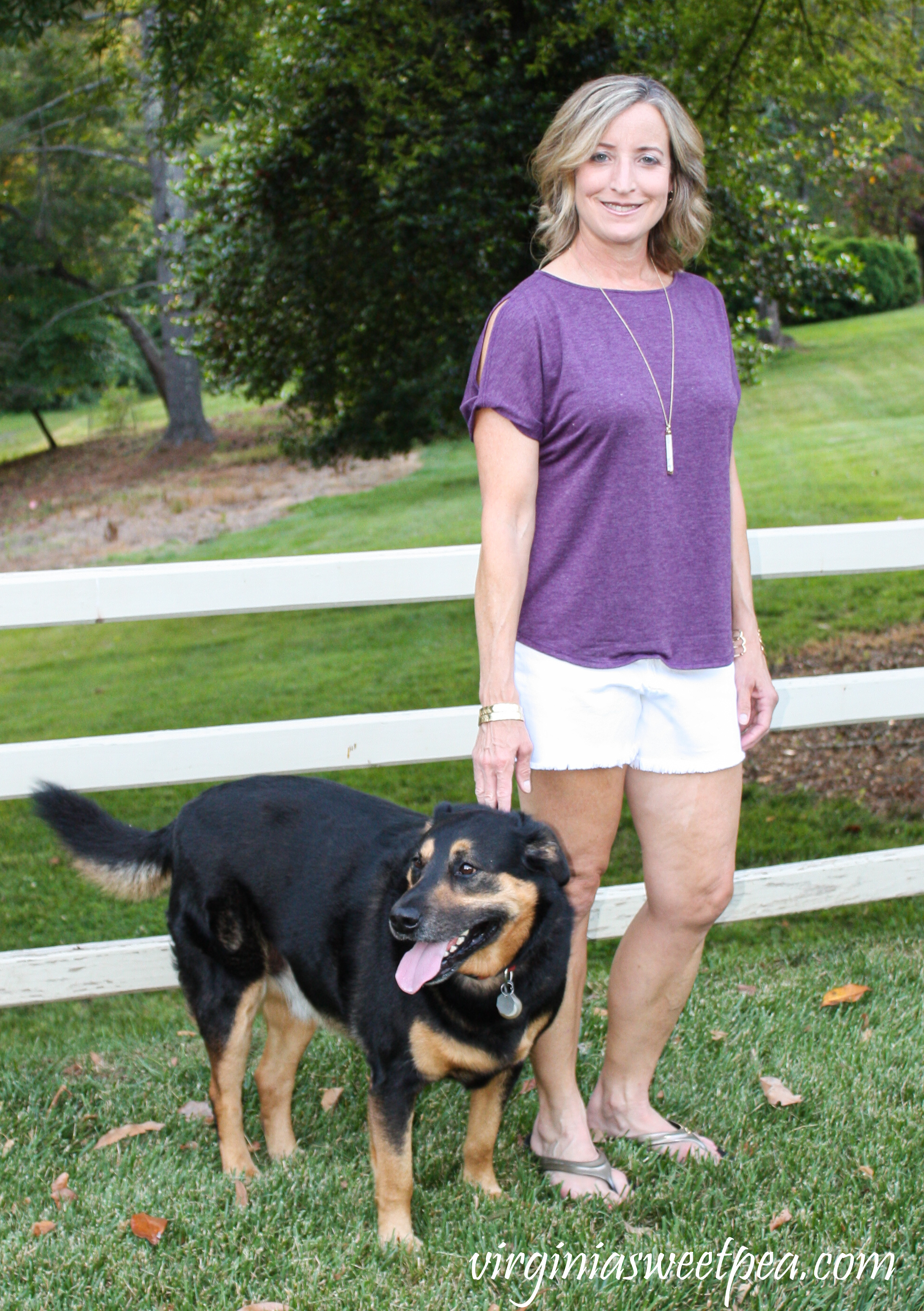 Stitch Fix Review Colette Romey Cold Shoulder Knit Top and Just Black Kolby Fray Hem Denim Short