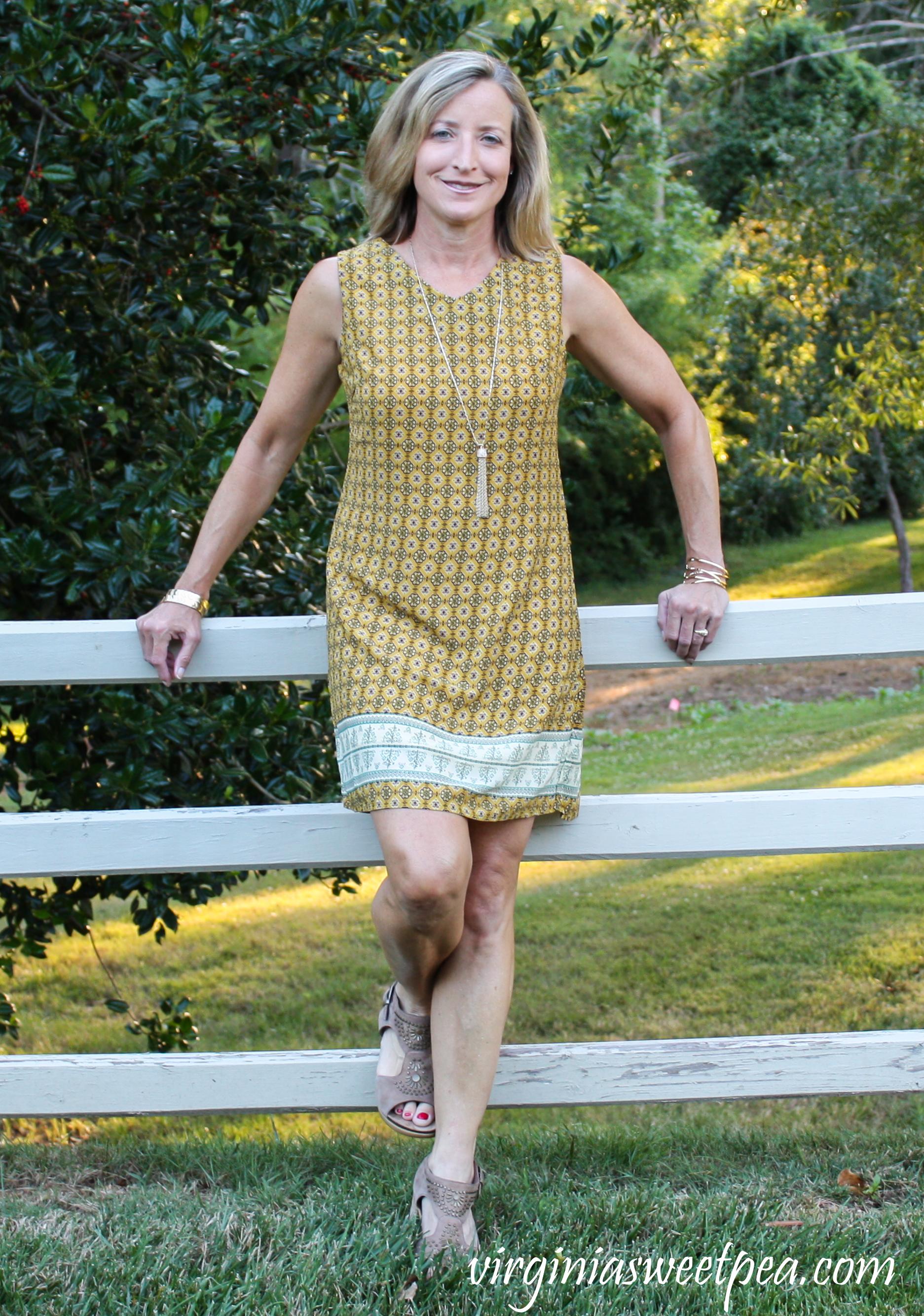 Fashom Review - SM Wardrobe:  Aztec Print Shift Dress #fashom #fashomreview #betterasiam #summerstyle #summerdress via @spaula
