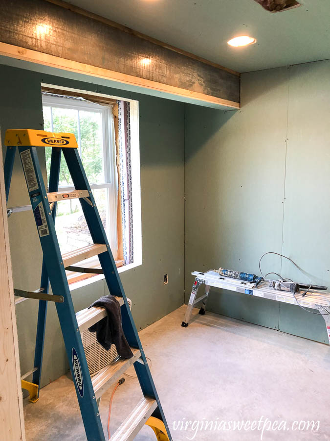 Drywalling a basement