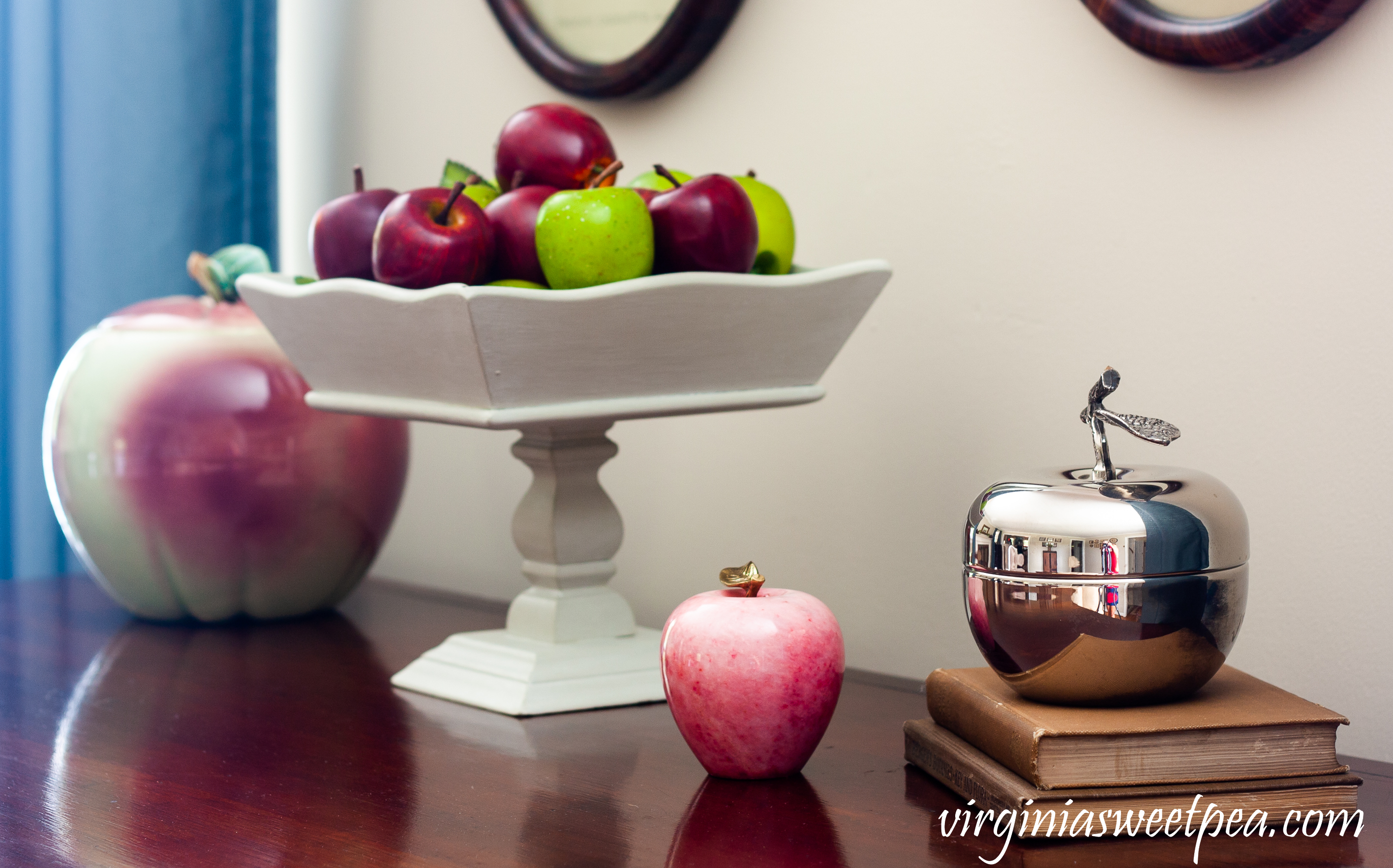 Apple themed late summer/early fall vignette