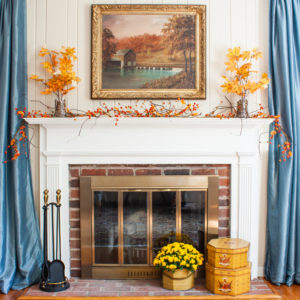 Traditional Fall mantel in a Southern home