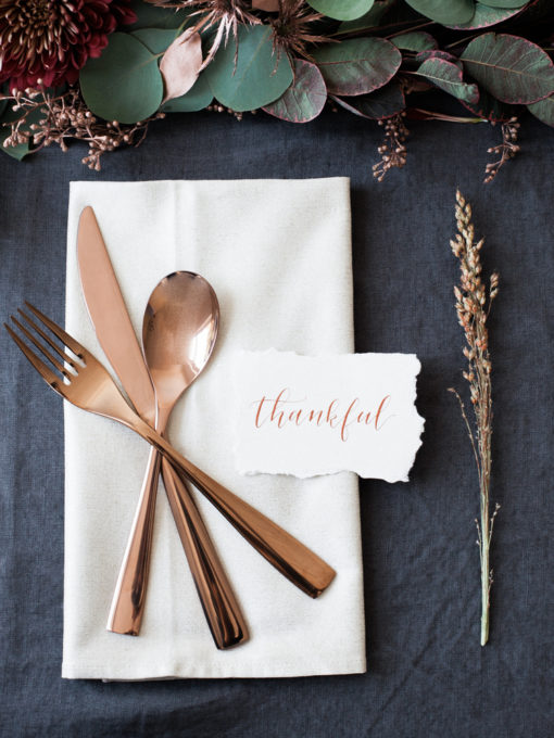 Simple and Elegant Thanksgiving Place Setting