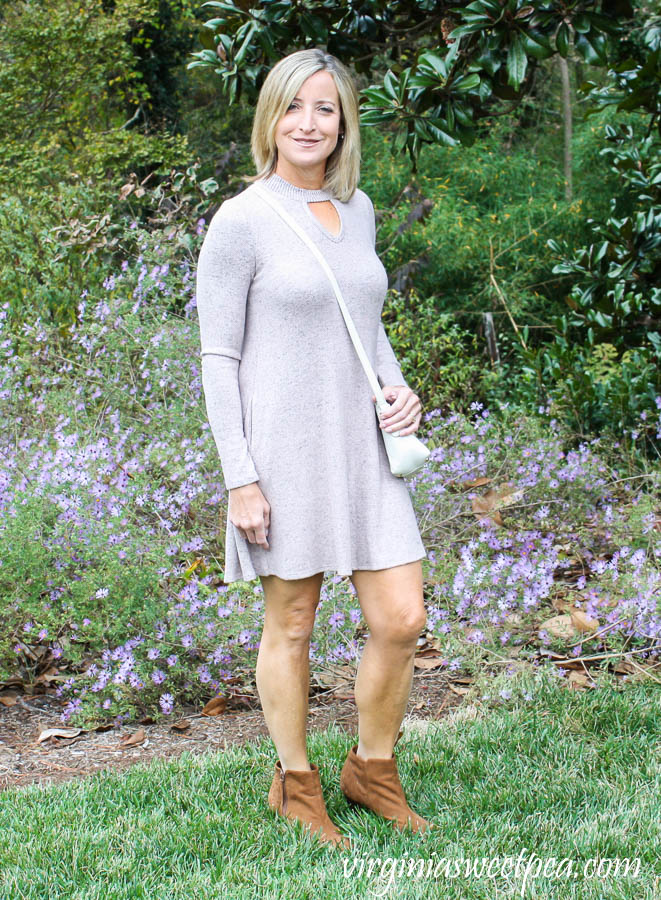 Stitch Fix Fortune + Ivy Caressa Keyhole Hacci Knit Dress and Shiraleah Dallas Crossbody