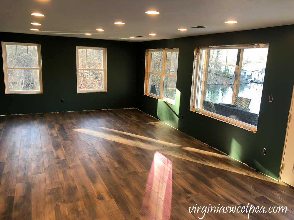 Mohawk Crest Loft flooring in Prairie Oak and Sherwin Williams Emerald Paint in Rock Garden