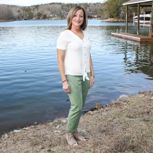 Stitch Fix Review for March 2020 - Brina & Em Sharisse Button Down Tie Front Knit Top