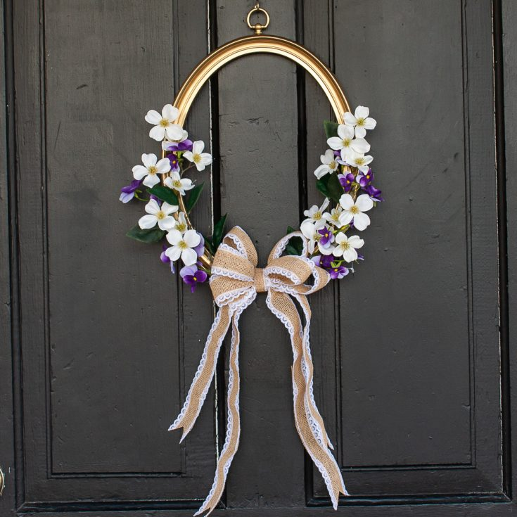 Wreath for spring made using a picture frame