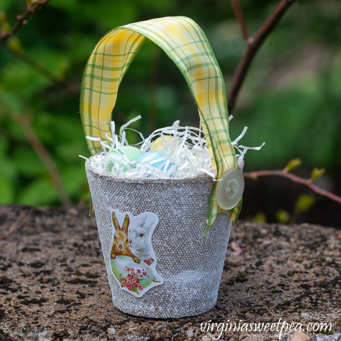 DIY Peat Pot Easter Treat Basket