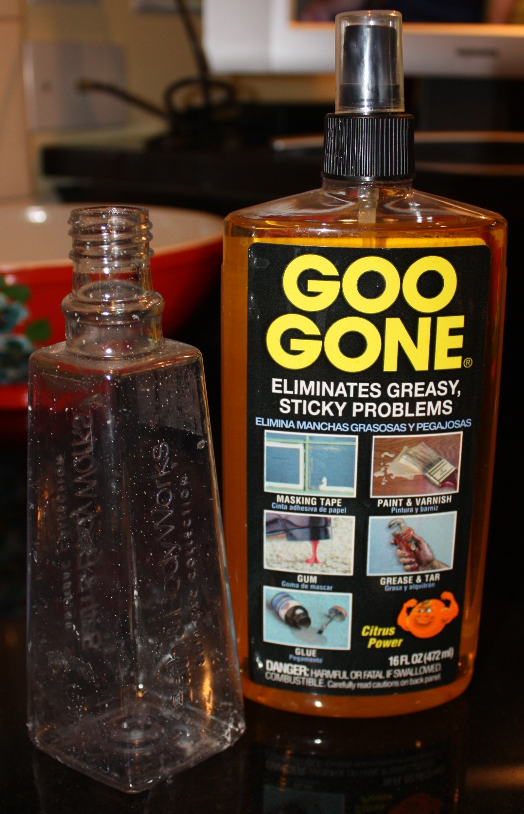 Removing the label from a Bath and Body Works Soap Container with Goo Gone