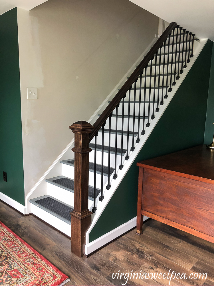 Stairwell before wallpaper