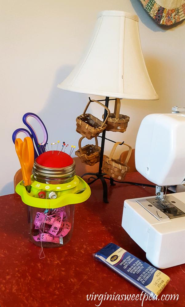 Mason jar sewing organizer