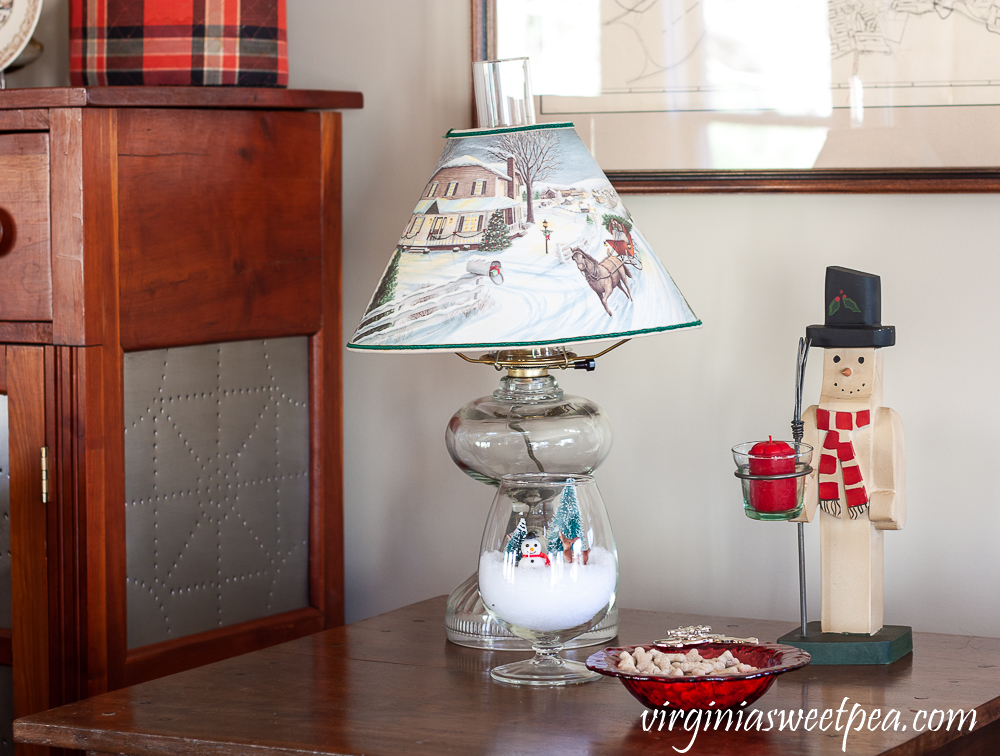 Christmas tabletop decor with snowmen