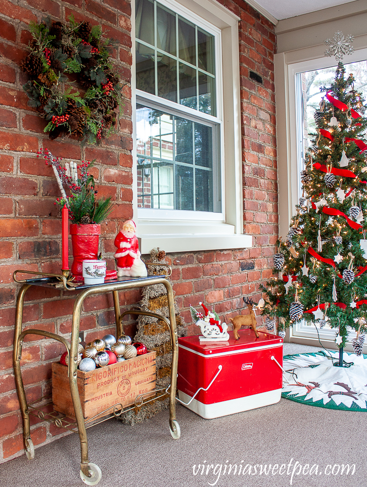 Vintage Style Christmas Porch Decorations